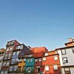 Kleurrijke huizen in Ribeira, Porto