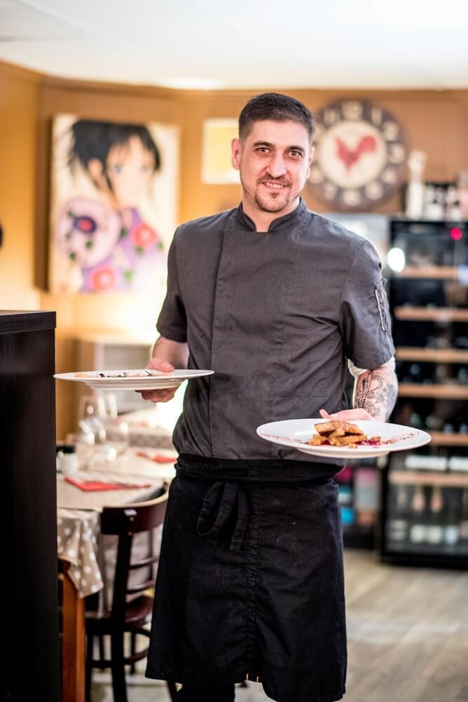 De kok van Pier met twee borden