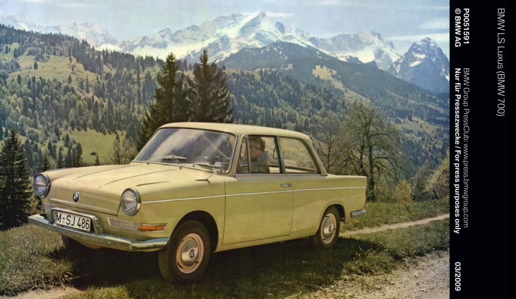 BMW Geschiedenis 700