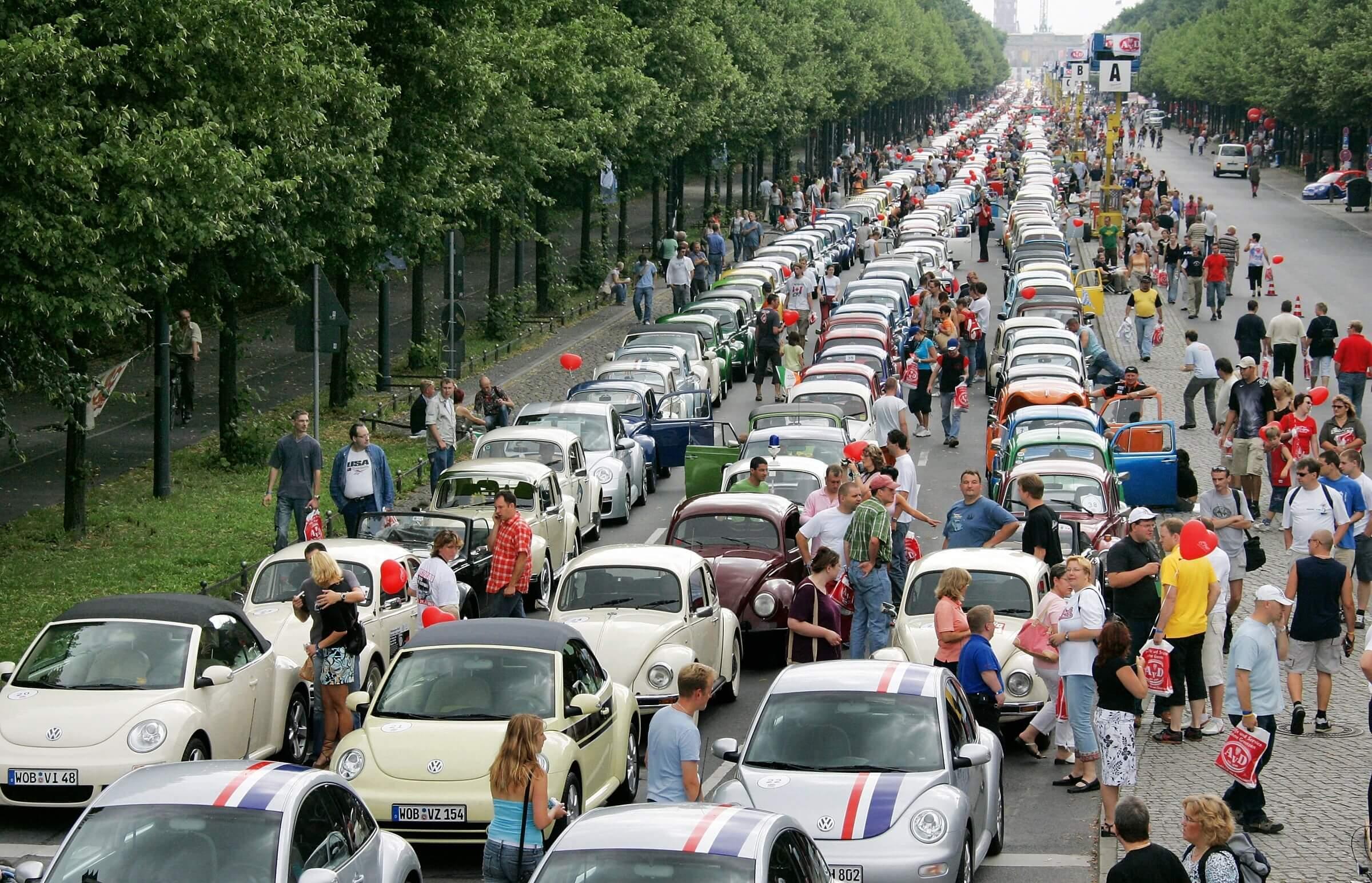 Volkswagen bug parade