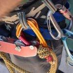Klimriem met touw en karabijnhaken