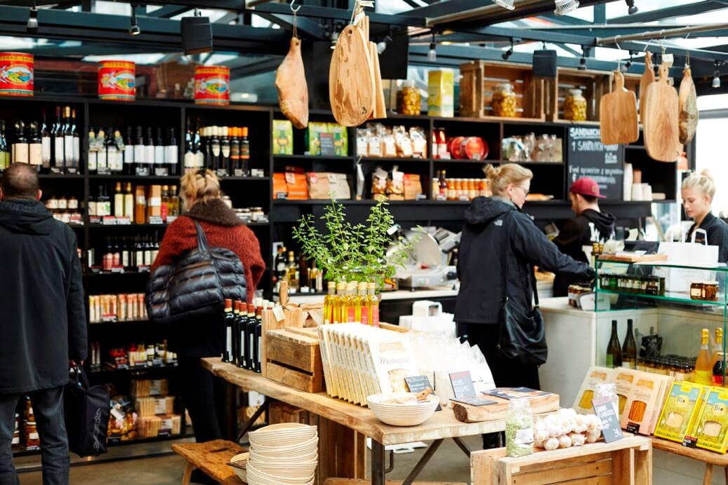 Toverhallerne markt met allerlei producten