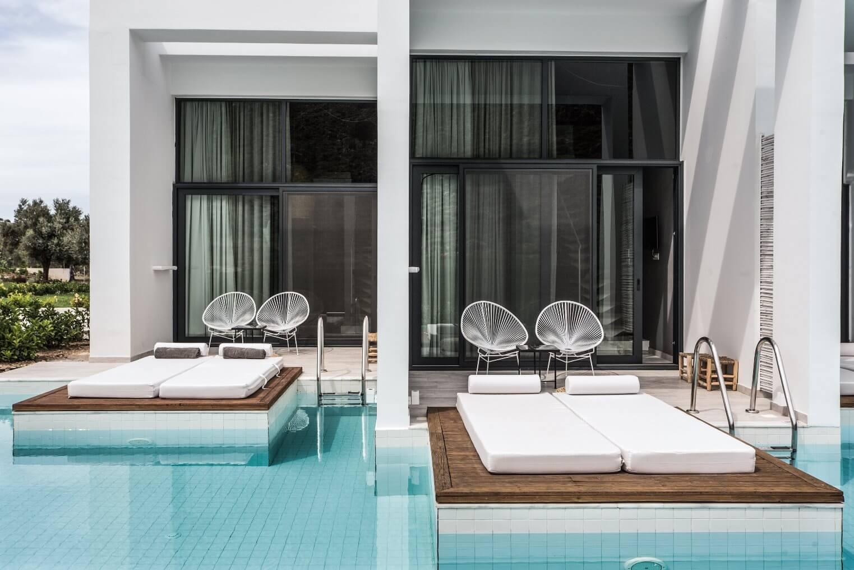 Zwembad Casa Cook hotel Rhodos