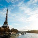 De Eiffeltoren van Parijs en de Seine