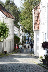 Straatje met houten huizen in Stavanger