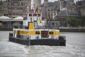 Overzet, met de boot naar Antwerpen