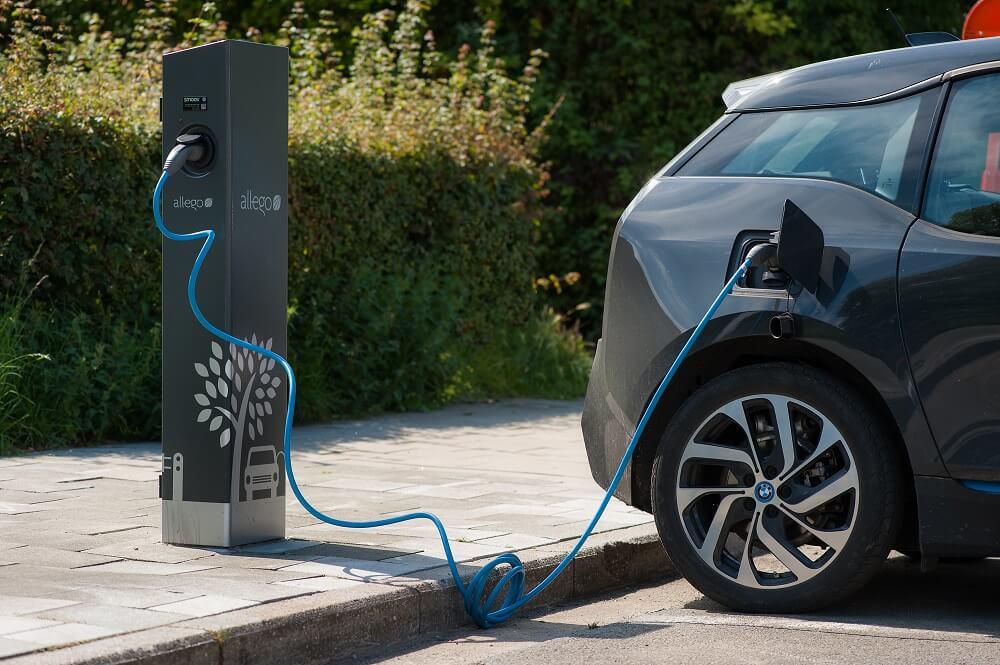 Elektrische Auto Vraag Nu Een Laadpaal In Je Buurt Aan Vab Magazine
