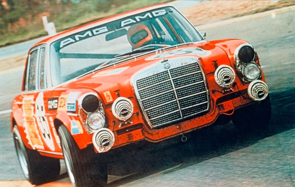 Mercedes AMG 300 SEL