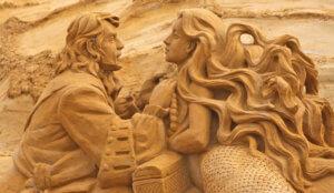 Wat te doen in juli: Zandsculpturen