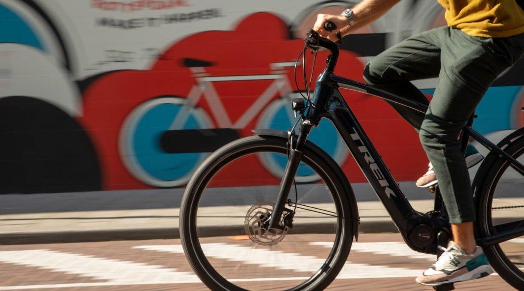 Win een e-bike Trek Allent+ 7