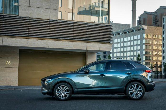 Autosalon Mazda CX-30