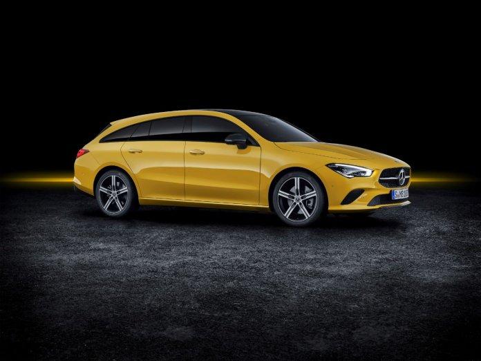 Autosalon Mercedes CLA Shooting Brake
